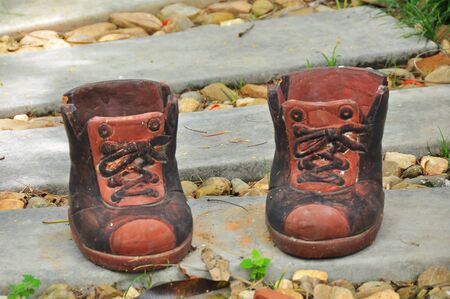 ceremic: Stone, ceramic boots on the ground