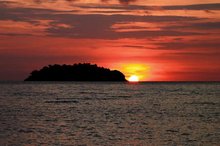 ko: Sunset at Ko Chang, Trat,  Thailand