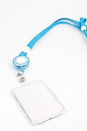 tenedores: ID titular de la tarjeta en blanco sobre fondo blanco