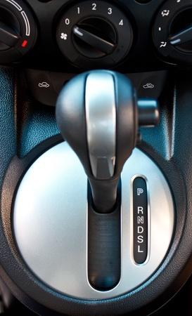gear  speed: uno cambio automatico maniglia turno Archivio Fotografico