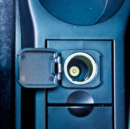 12v: encendedor de autom�vil 12V toma de corriente Foto de archivo
