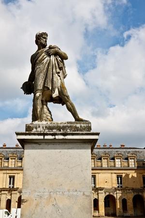 escultura romana: La escultura romana antigua en el Chateau de Fontainebleau, Francia
