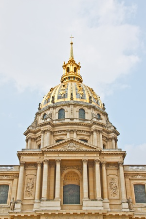 invalides: Golden dome of Napoleon s tomb at hotel de invalides, Paris, France Editorial