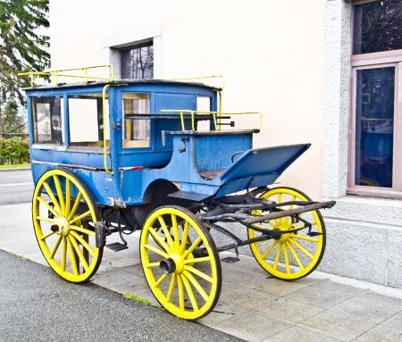 carreta madera: carro viejo en Chamonix estación, Francia