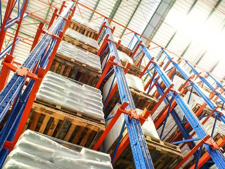warehouse interior: high rack in magazzino