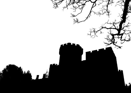スコットランド、英国のゴシック様式城のシルエット 写真素材