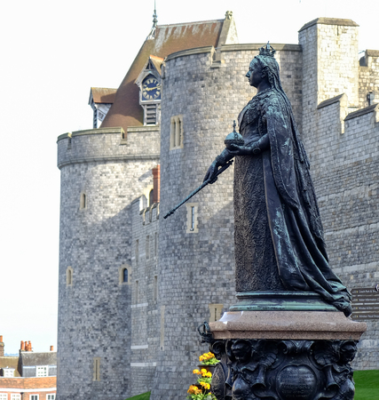 windsor: Queen Victoria sculpture at Windsor castle, UK