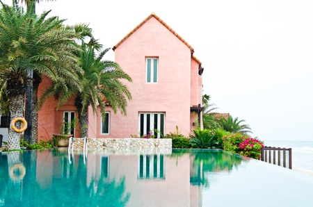 droomhuis: Dream House met zwembad Redactioneel