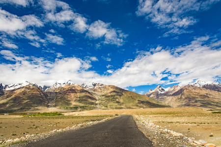 contryside: Road on Zanskar Valley around Padum villange and great himalayan range- Ladakh, Jammu and Kashmir, India. Stock Photo