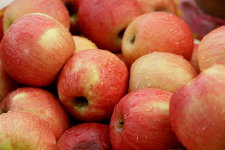 domestically: Fruit to eat it Available lot Domestically