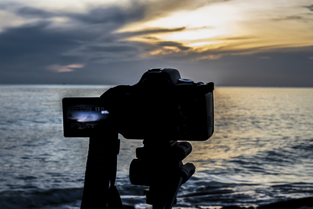 filming point of view: Nature photography with a digital camera tripod