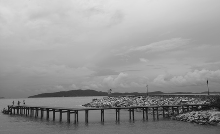 Bridge to the sea Stock Photo - 15491145