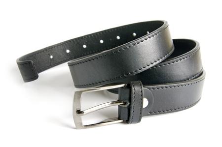 cinturon seguridad: Los hombres de cintur�n negro aislado sobre fondo blanco