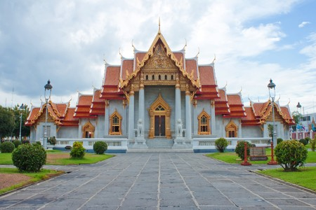 Temple of wat benchamabophit photo