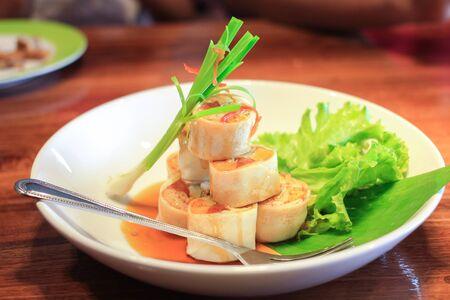 green vegetable: appetizer fresh Spring Rolls embellish green vegetable