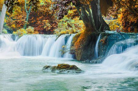 Beautiful waterfalls in the Saraburi city of Thailand.Chet Sao Noi is the name of this waterfall Standard-Bild