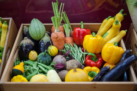 raw vegetables: Multicolored vegetables available to the consumer market.