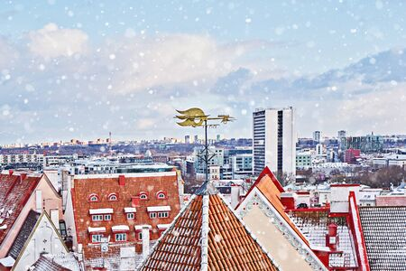 Classic iconic view of Tallinn old city cityscape skyline from observation deck in winter Stock fotó - 136246490
