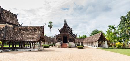 Wat Ton Kwen (Wat Inthrawat), ancient temple in Chiang Mai Thailand