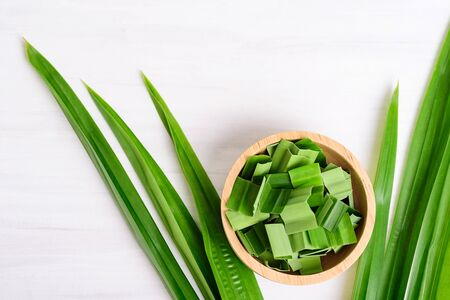 Sliced pandan leaf in a bowl, pandan leaf used to enhance the flavoring and color in Asia food and dessert Zdjęcie Seryjne
