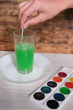 Instruction experiments for children. step by step instruction.Diy do it yourelf hand made
