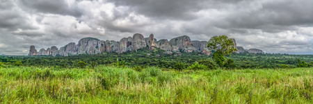 Panoramic view at the mountains Pungo Andongo, Pedras Negras (black stones), huge geologic rock elements, in Malange, Angola Banco de Imagens - 117139066