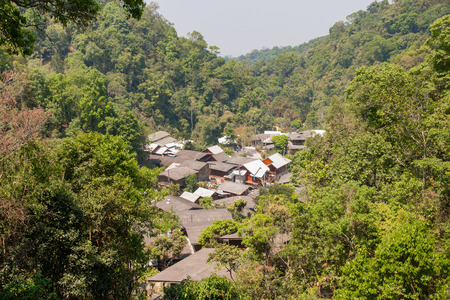 village in the forest at mae kampong, chiang mai province. Stockfoto