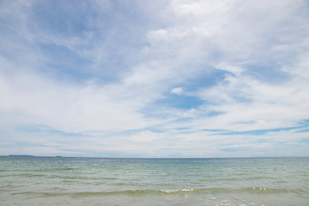 tropical sea and beach with blue sky background Stockfoto