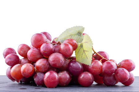 Ripe red grape isolated on white background - clipping paths Stockfoto