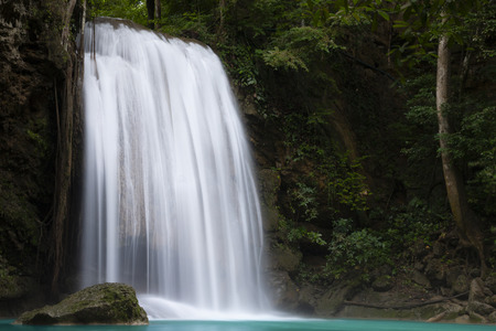 Beautiful waterfall - Erawan waterfall at Erawan National Park in Kanchanaburi, Thailand. Stockfoto - 119505246