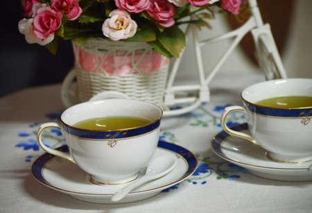 tea break: TEA BREAK