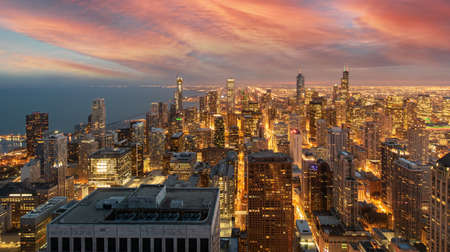 Chicago Skyline Cityscape at night  and  blue sky with cloud, Chicago, United state 版權商用圖片