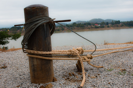 nylon string: binding post anchor