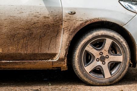 Asphalt on a white car difficult to clean dirty car, Archivio Fotografico