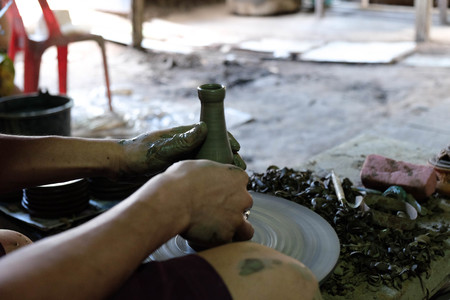 making earth: hand making pottery Stock Photo