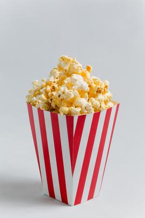 Popcorn completo in scatola di popcorn classico