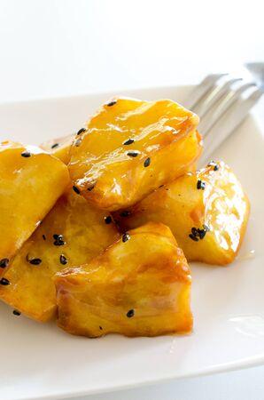sweet potato: camote frito Foto de archivo