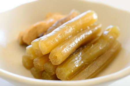 butterbur: Boiled butterbur