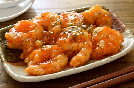 Shrimps with chili sauce