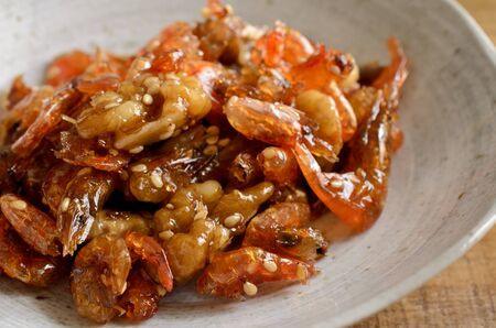 Shrimp and walnut boiled down in soy sauce 版權商用圖片