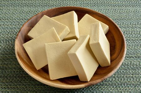 """Koya-dofu"", Image of freeze-dried tofu"
