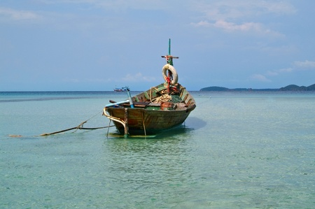 long tailed boat: long tailed boat,Thailand