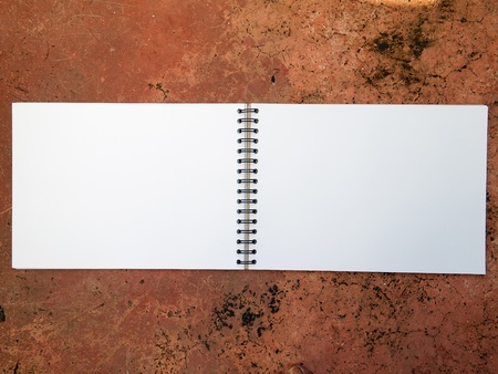 Blank Sketch Book open two face horizontal Stock Photo - 8548087