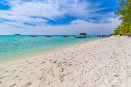 beautiful white beach with tree tropical sea for holidays and relaxation  in lipe island thailand Standard-Bild