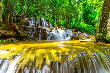 Pa Wai Waterfall,Beautiful waterfall in Tropical Rain forest,Tak Province, Thailand Imagens - 132274927