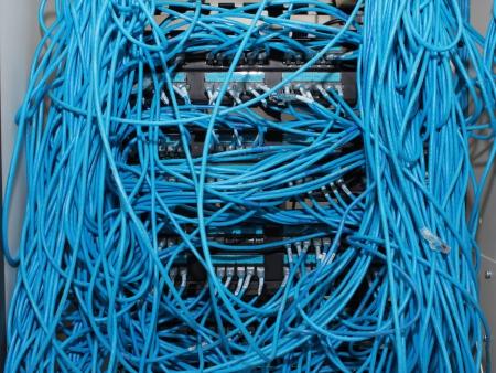 cable red: Primer plano de un cable el�ctrico