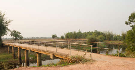 Canal Bridge in rural areas of Thailand 免版税图像