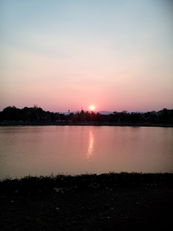 bonsoir: Le soleil bonne soir�e, Fond