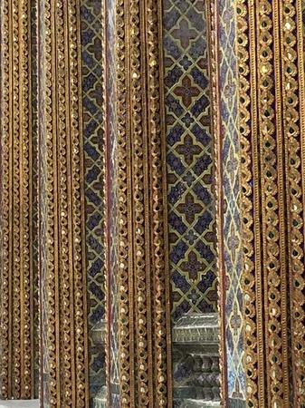 Thai temple pattern1.jpg