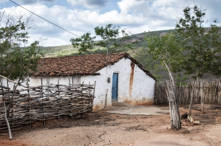 rainless: Poor mud house in the northeastern Brazilian